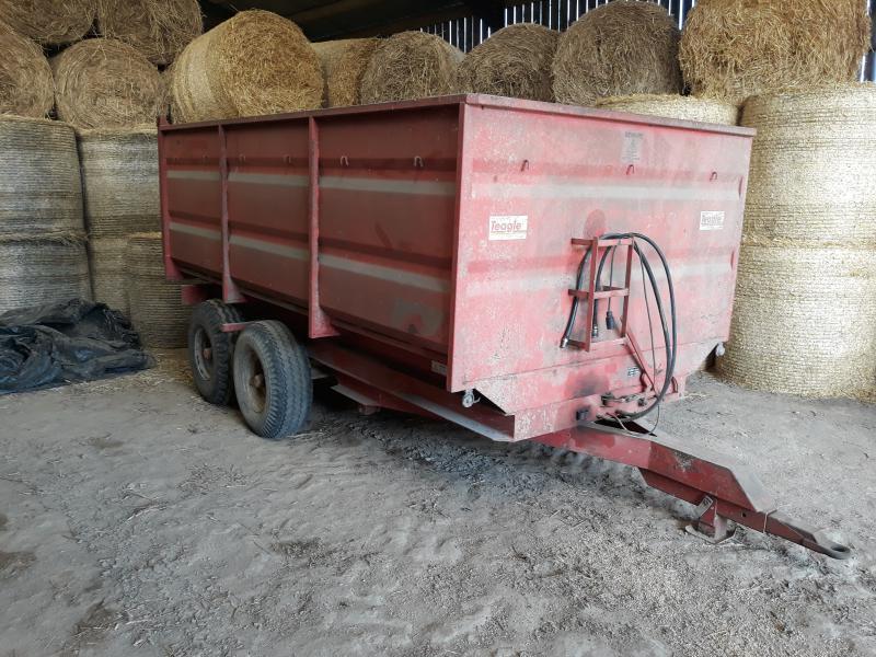 Dispersal Sale of Tractors, Machinery & Livestock Equipment