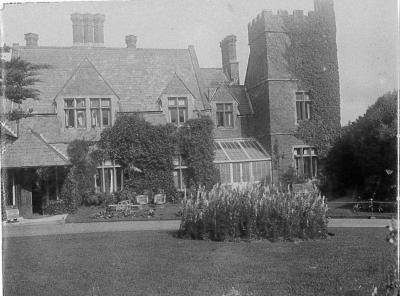Black and white image of Efford Down House