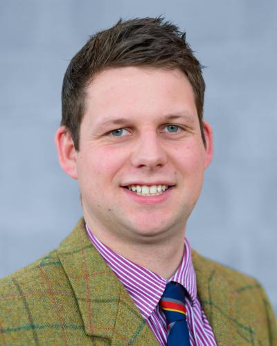 Headshot of Kivells Ian Caunter