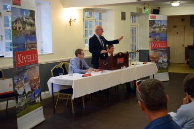 Kivells Director Simon Alford conducting the Kivells property auction