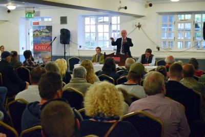 Kivells Director Simon Alford conducting the property auction in front of a packed auction room