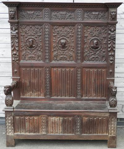 Oak hall bench £920